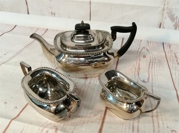 Walker & Hall Tea Set